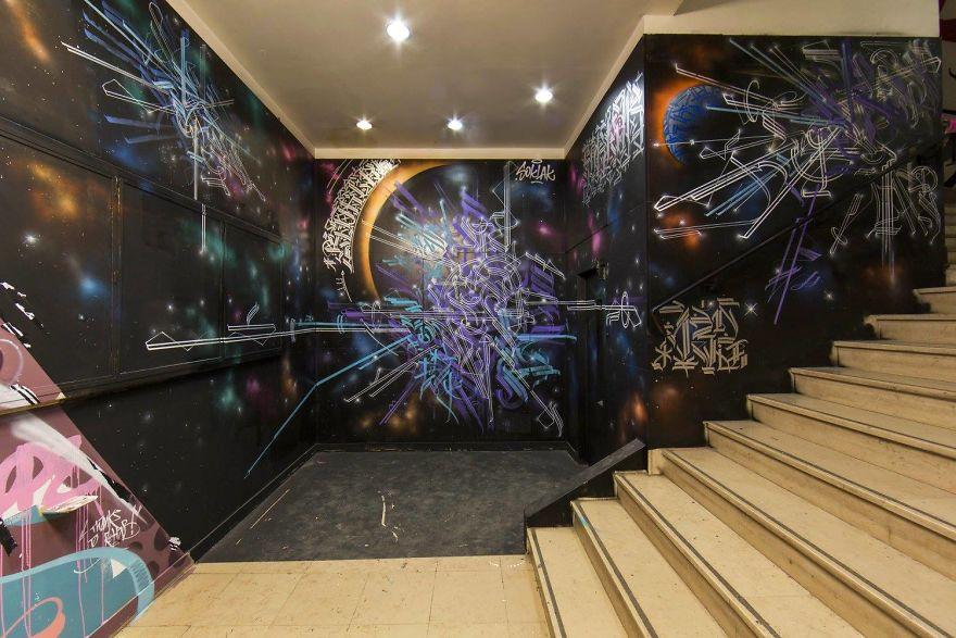 100-graffiti-artists-university-painting-rehab2-paris-16-596dae9d35b76__880.jpg