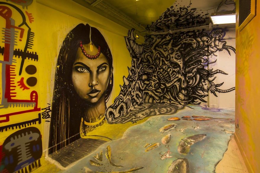 100-graffiti-artists-university-painting-rehab2-paris-596db69ced515__880.jpg