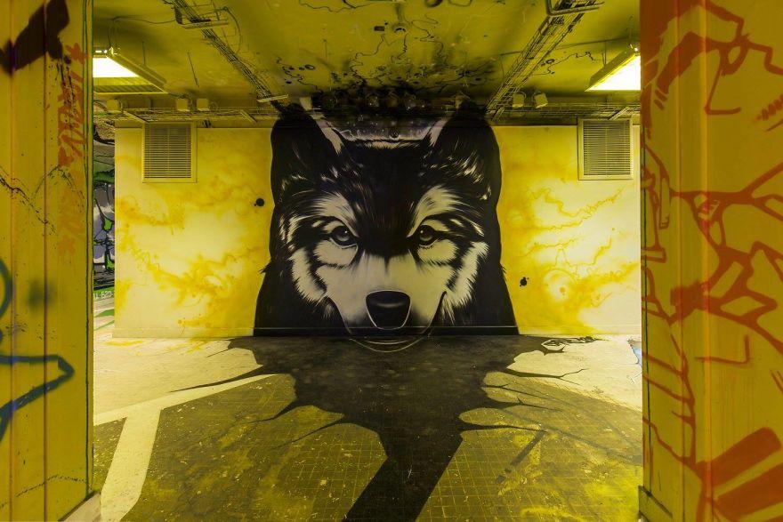 100-graffiti-artists-university-painting-rehab2-paris-596db7258b791__880.jpg