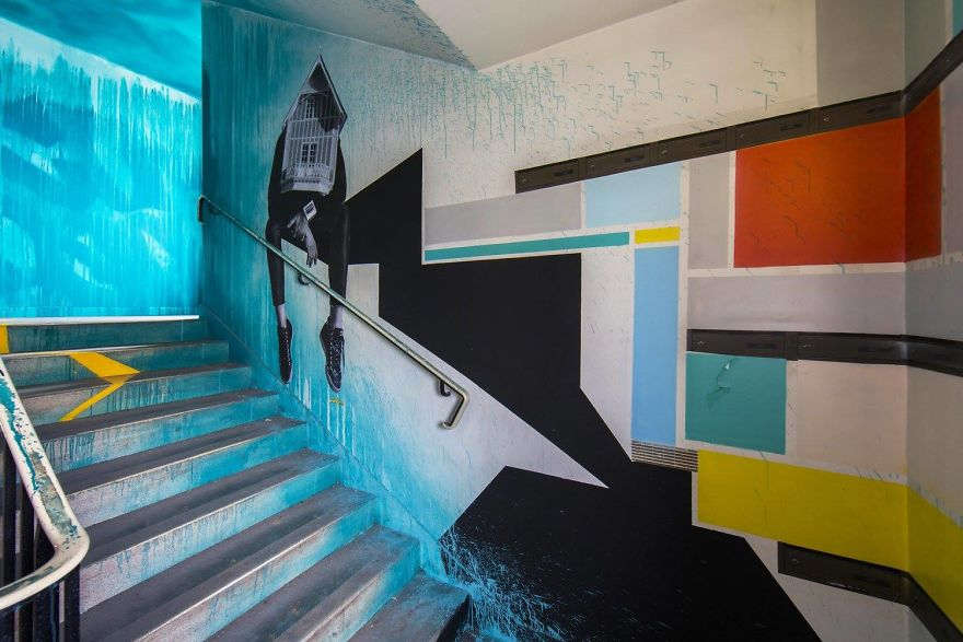 100-graffiti-artists-university-painting-rehab2-paris-596db749730e9__880.jpg