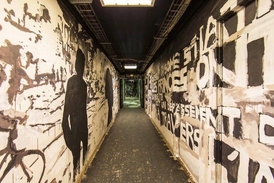 100-graffiti-artists-university-painting-rehab2-paris-596db9ddb3df4__880.jpg