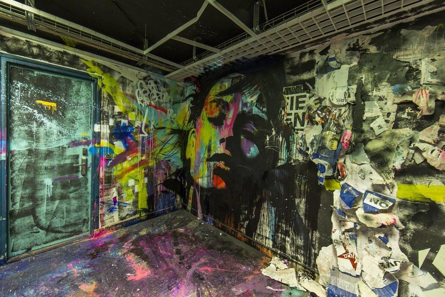 100-graffiti-artists-university-painting-rehab2-paris-596dba1ba4693__880.jpg