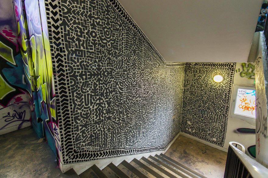 100-graffiti-artists-university-painting-rehab2-paris-596dbc40c07c4__880.jpg